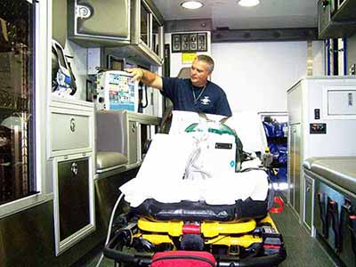 critical care transport 400